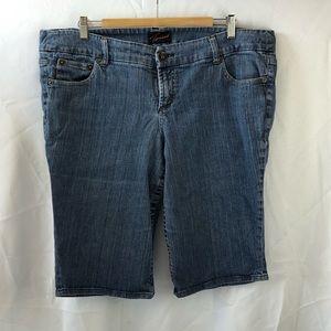 Torrid boyfriends board shorts